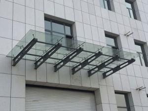 点式玻璃雨棚